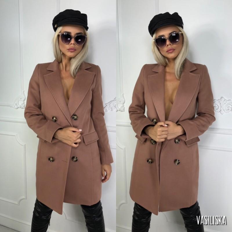 Пальто двубортное с карманами-клапанами, 6 пуговиц капучино