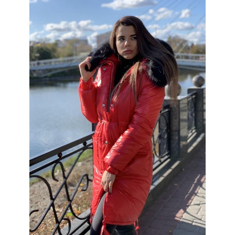 Парка удлиненная с нагрудными и накладными карманами красный