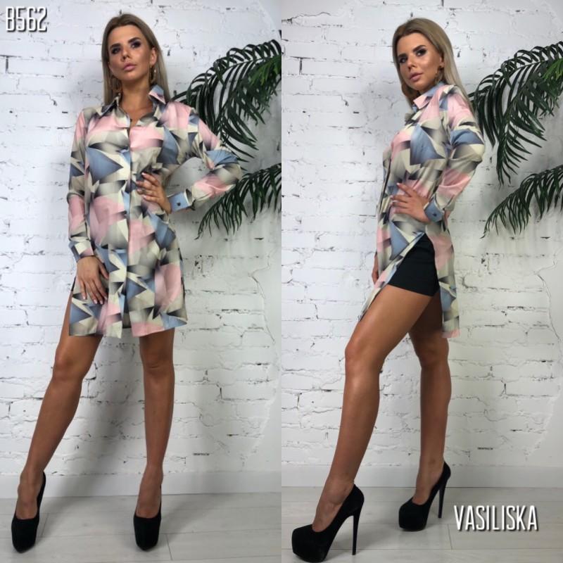 Платье-рубашка ровного кроя черно-белая полоска принт розовые и синие треугольники