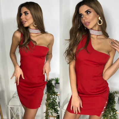 Платье мини чокер украшен камнями красное