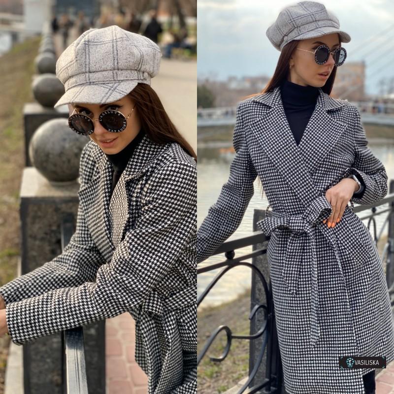 Пальто с поясом и карманами гусиная лапка