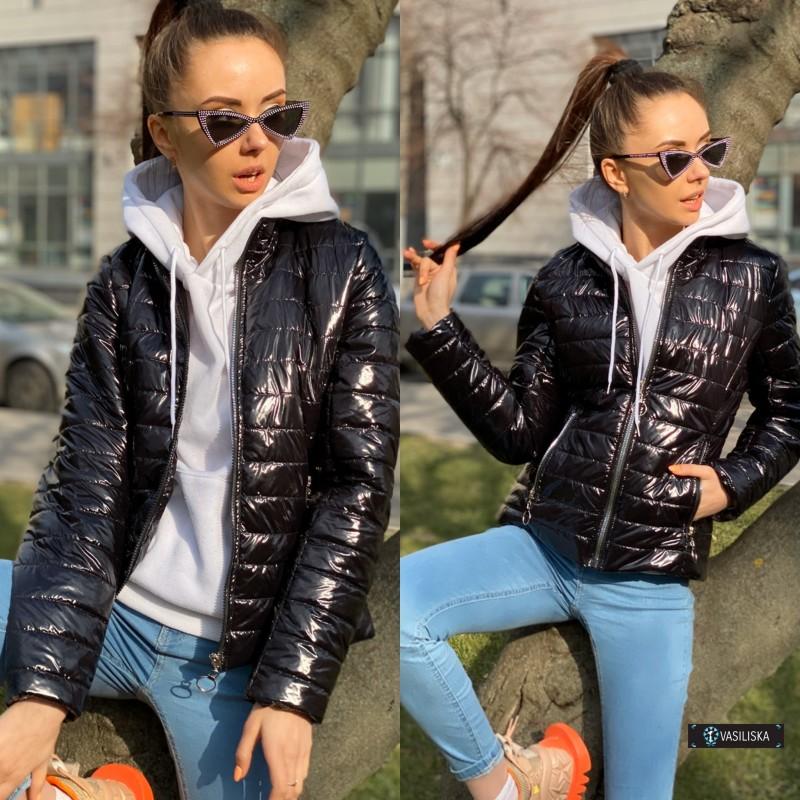 Куртка стеганная черный лак
