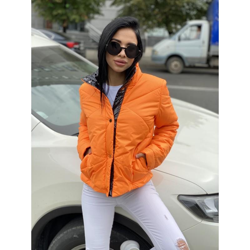Куртка короткая на кнопках оранжевый декор полоса черная