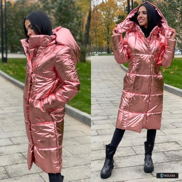 Куртка удлиненная с капюшоном на молнии и кнопках розовый металлик