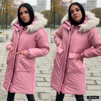 Куртка с накладными карманами с капюшоном с натуральным мехом розовый